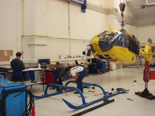 vrtulník Eurocopter EC 135 během 400 hodinové prohlídky