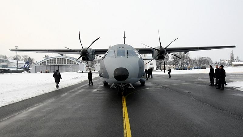 vojenské transportní letadlo