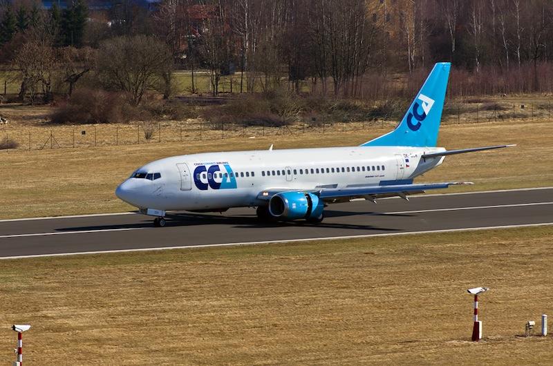 LKKV Boeing 737