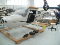 Cessna v přepravním rámu