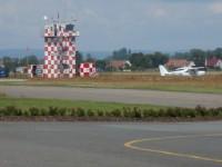 pod věží letiště Hradec Králové