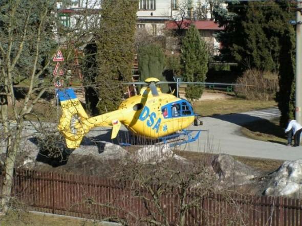extrémně náročné přistání vrtulníku