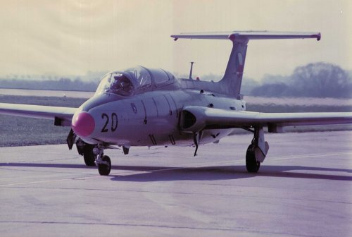 Aero L 29 Delfín
