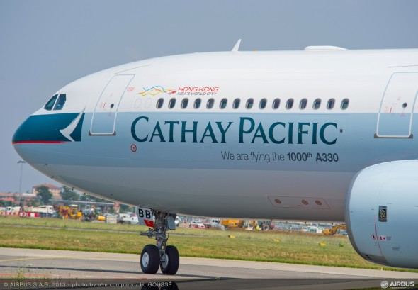 A330-300_Cathay_Pacific_1000th_A330_delivery_