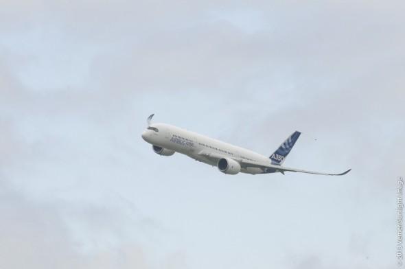 Airbus A350-900 XWB v Le Bourget