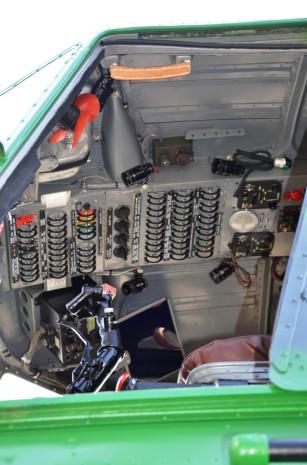 Mil Mi 4B kokpit letecke muzeum Kbely