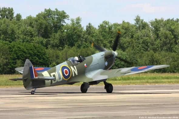 Supermarine Spitfire v Praze