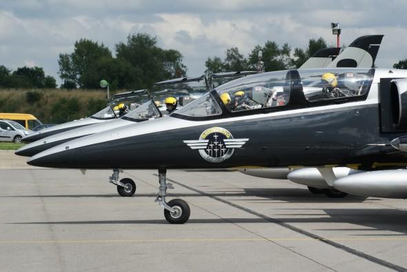 Breitling Jet Team na LKVO 004