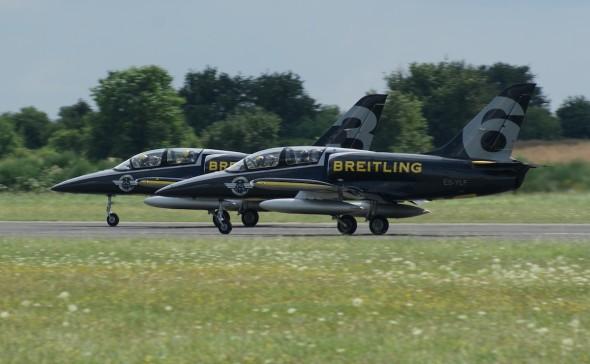 Breitling Jet Team na LKVO 006