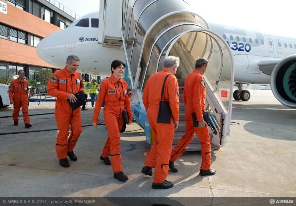 A320neo_first_flight_pilot_preparation2