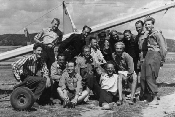 sg-38-neznama-aeroclub-brno-medlanky-lkcm