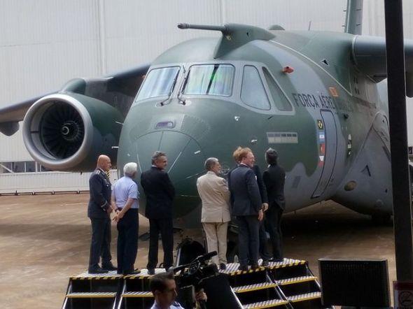 Křest KC 390