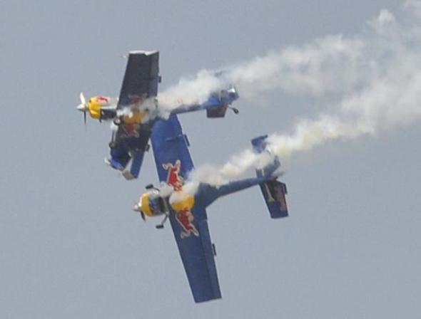 FLYING_BULLS_colision