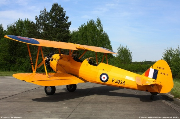 Boeing Stearman RAF colour scheme