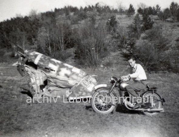 Sestřelený Me 262 z Ruzyně u obce Liteň