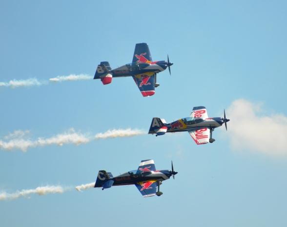 Aviatická pouť 2015 Flying Bulls