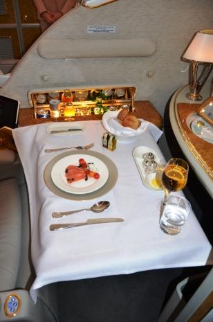Emirates palubní servis