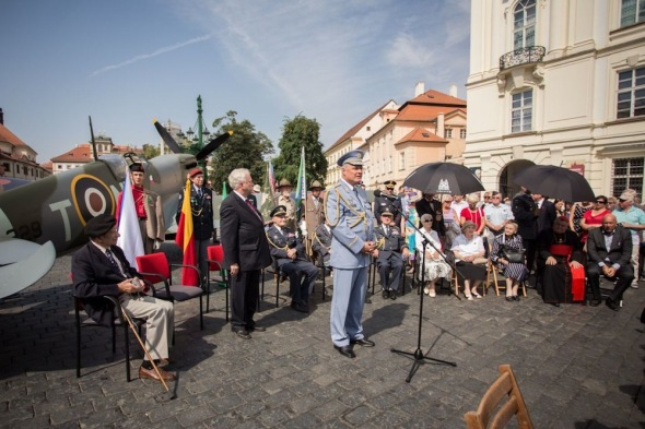 Ceremony at Prague Castle to commemorate the 70th anniversary of Czechoslovak airmen's return to their homeland