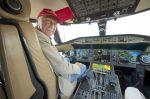 Niki_Lauda-in-cockpit