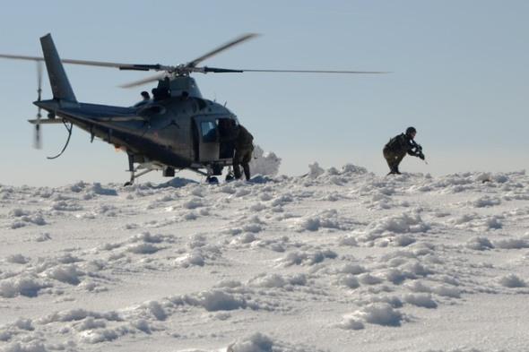 vrtulník Agusta A 109 na sněhu