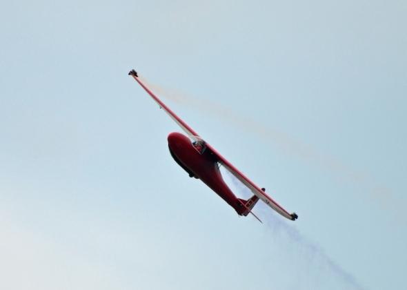 akrobatický kluzák L 100