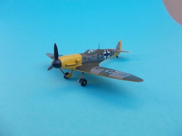 Spitfire Mk.V s motorem Daimler Benz 03