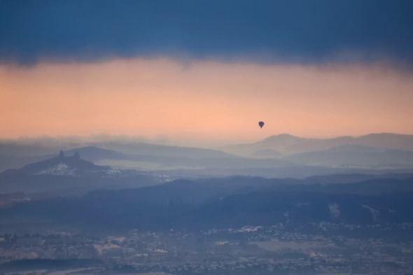 10 hodin v balónu
