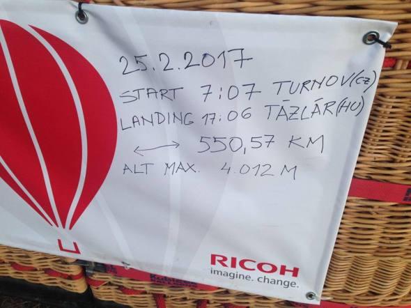 10 hodin v balónu nový rekord českého blónového létání