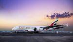 Airbus A380 Emirates na letišti Dubaj