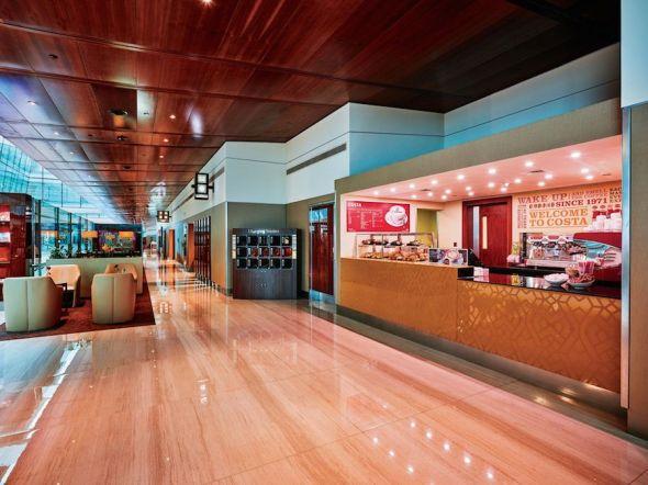 Emirates salonek café