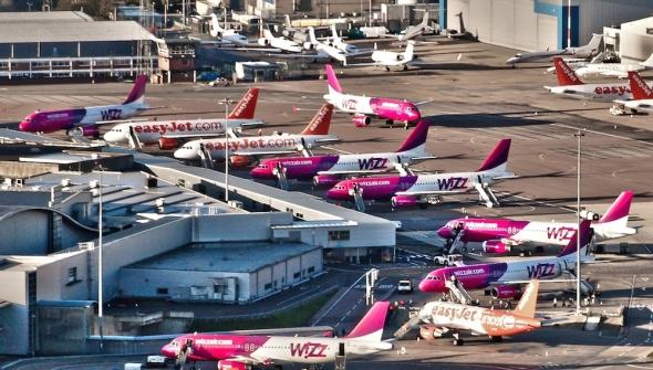 Wizz Air na letišti Londýn Luton