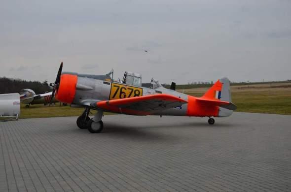 North American T 6 Praha Točná