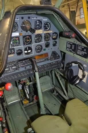 North American T 6 pilotní prostor