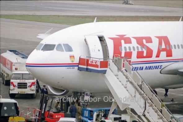 Přílet Airbusu A310 ČSA do Prahy