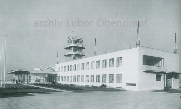 rok 1938 letištní budova Praha Ruzyně