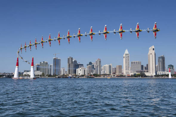 Martin Šonka sekvence průletu Red Bull Air Race 2017 San Diego
