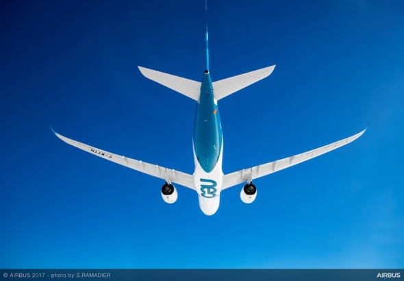 Airbus A330neo první let