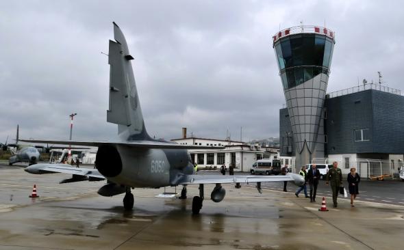 vojenské letouny v Karlových Varech