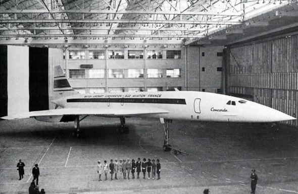 První prototyp v hangáru v Toulouse