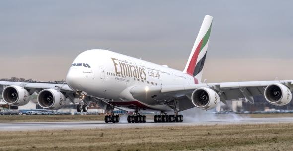 Airbus A380 Emirates přistání