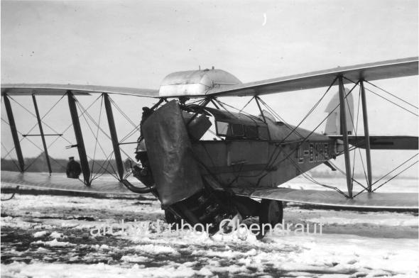 Letiště Kbely LKKB zima 1929 nehoda De Havilland DH 50 L BAHE