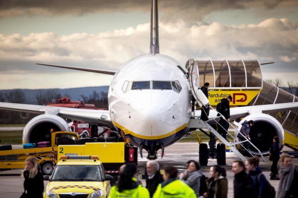 první odlet z nového terminálu LKPD
