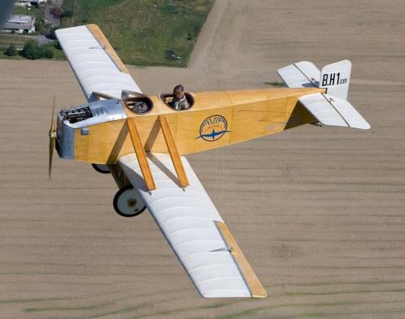 Avia B.H.1exp v letu