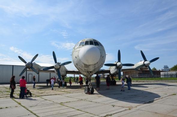Iljušin Il 18 OK-NAA