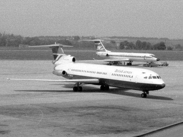 BritishAirways Trident3B-G-AWZF