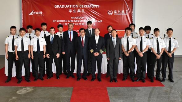 F Air první skupina čínských pilotů