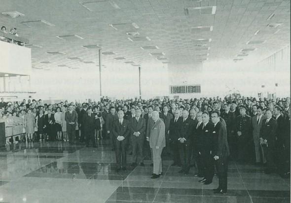 1968 otevreni noveho letiště Praha Ruzyně generál Svoboda