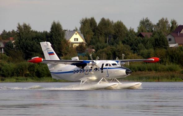 Let L 410 plováky 5