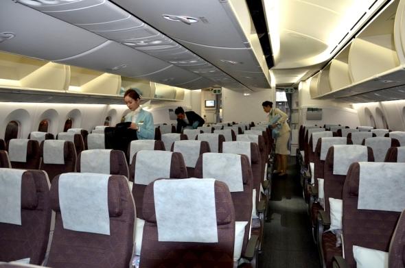 Korean Air Boeing 787 Dreamliner interiér ekonomická třída