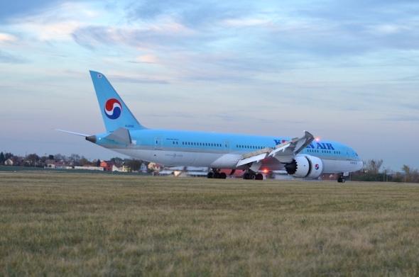 Korean Air Boeing 787 Dreamliner Praha